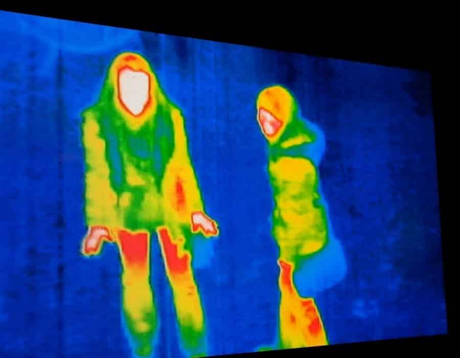 thermal camera detecting body heat